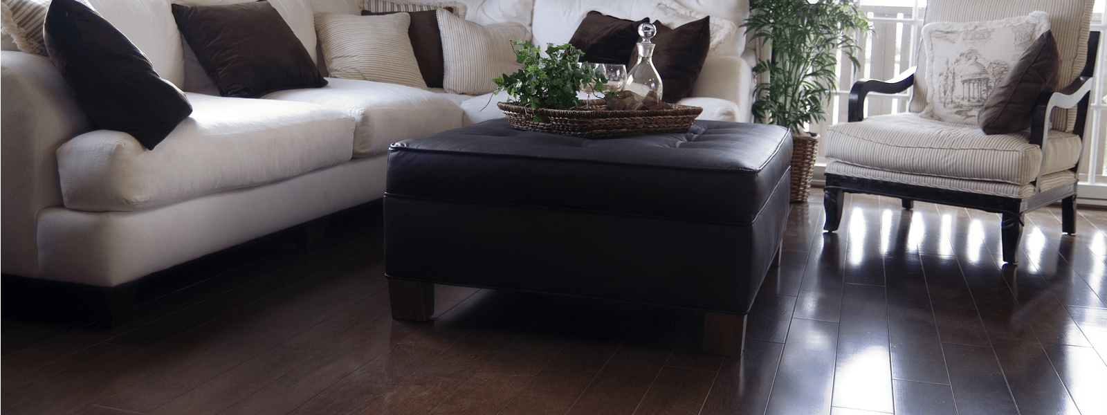 Laminate Floors in Metropolitan Home